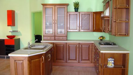 Tủ bếp giáng hương GH-013