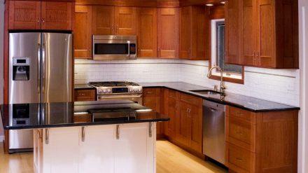 Tủ bếp gỗ xoan đào XD-021